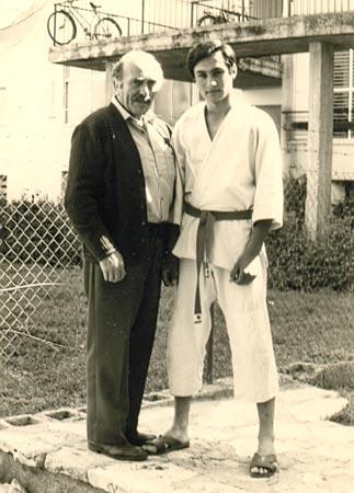 Yaron Lichtenstein alongside Imi Lichtenfeld.