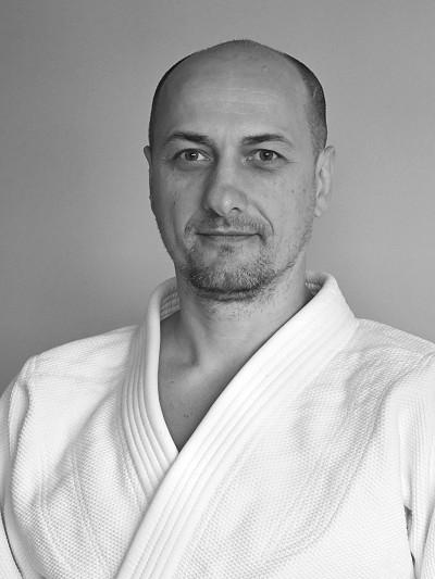 Instructor László Pethő