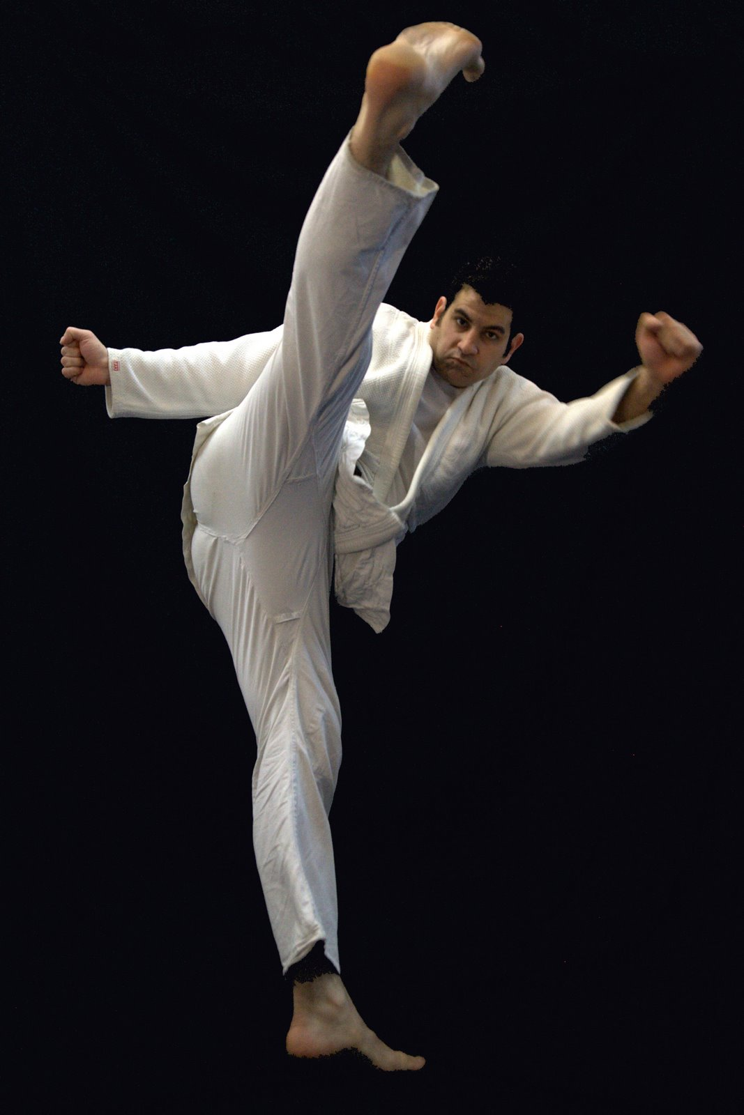 Sickle kick (Beit Magal) in Cluj-Napoca, Romania, in 2007.